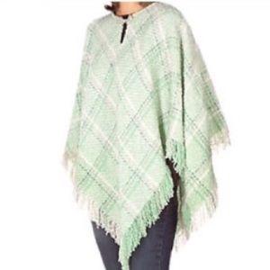 Boyne Valley Weavers wool alpaca poncho OS plus